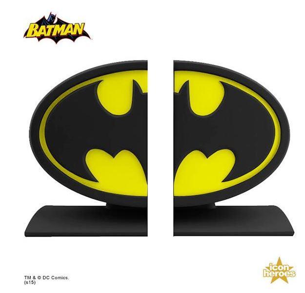 Batman-Logo-Bookends-03