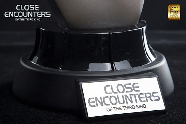 Close-Encounters-of-the-Third-Kind-Alien-Bust-Life-Size-06