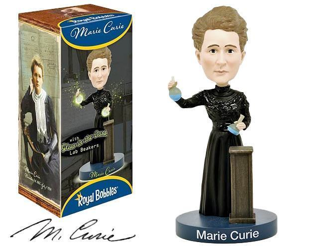 Marie-Curie-Bobble-Head-01