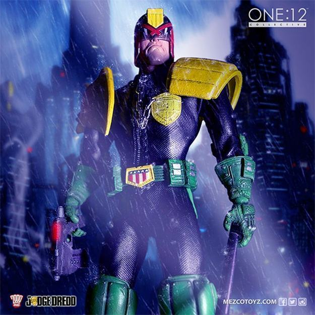 Action-Figure-One-12-Collective-Judge-Dredd-04