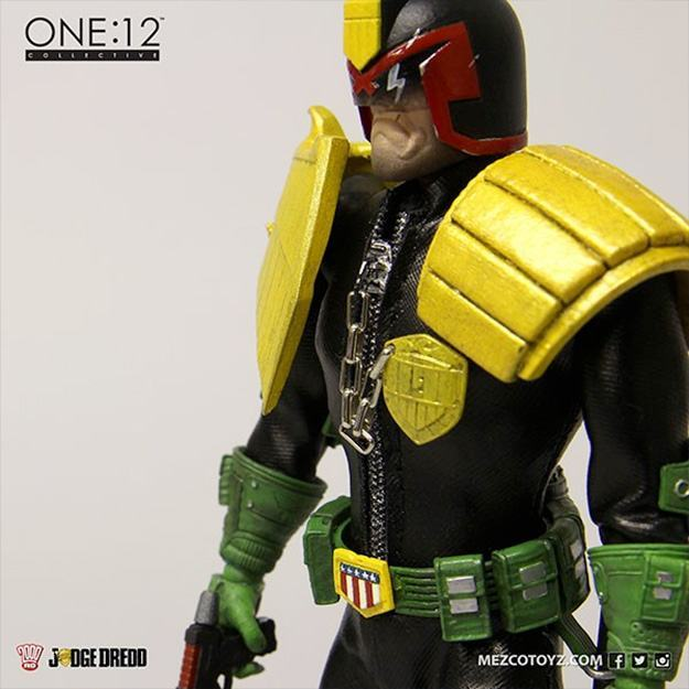 Action-Figure-One-12-Collective-Judge-Dredd-06