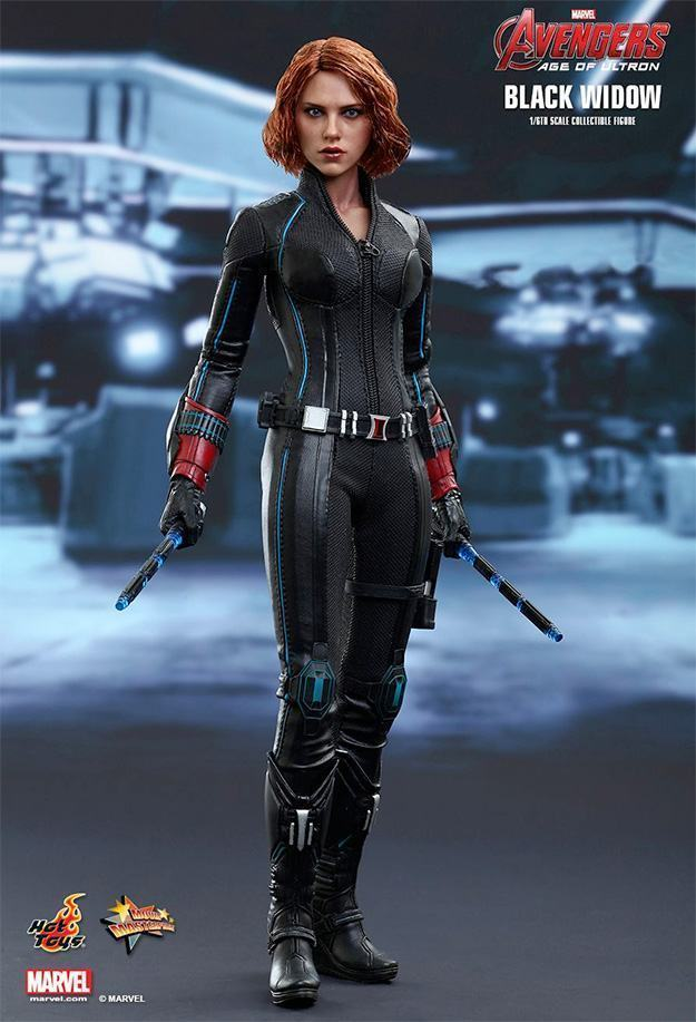 Black-Widow-Action-Figure-Avengers-Age-of-Ultron-Hot-Toys-01