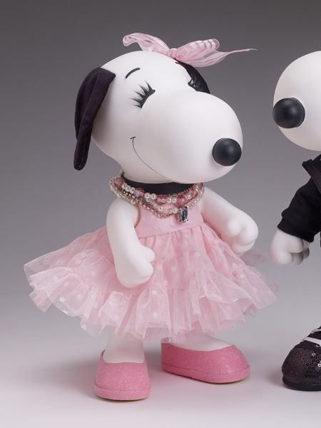 Bonecos-Peanuts-Tonner-Snoopy-e-Belle-in-Fashion-03
