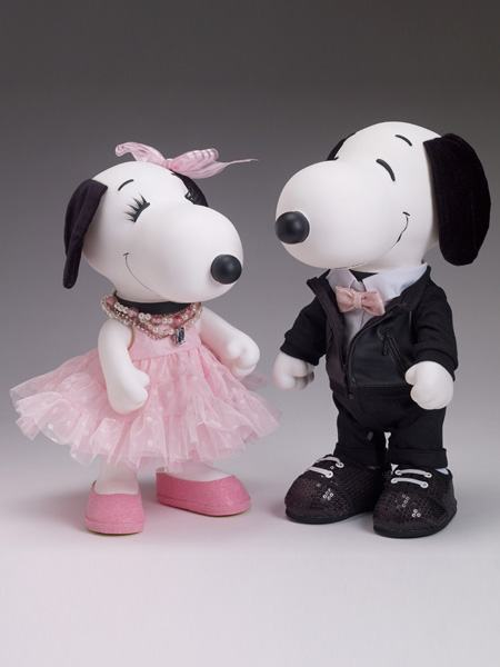 Bonecos-Peanuts-Tonner-Snoopy-e-Belle-in-Fashion-04