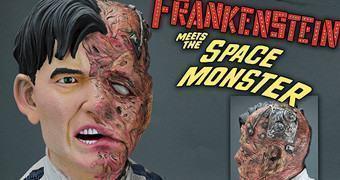Busto Frankenstein Contra O Monstro Espacial (Filme-B Anos 60)
