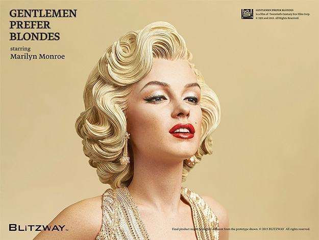 Estatua-Marilyn-Monroe-Gentlemen-Prefer-Blondes-02