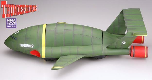 Thunderbird-2-Mega-Sofubi-Advance-Thunderbirds-Nave-03
