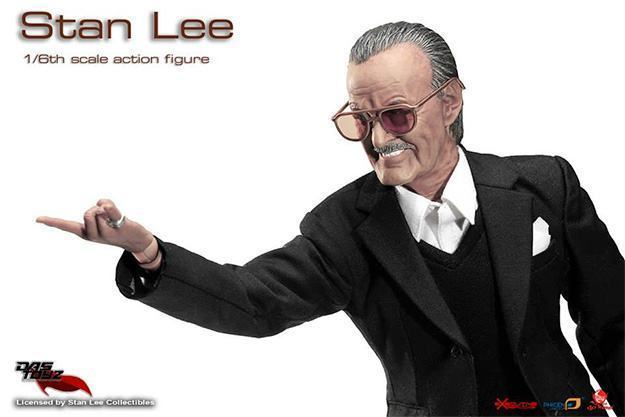 Action-Figure-Stan-Lee-02