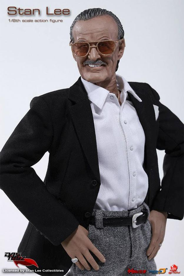 Action-Figure-Stan-Lee-04