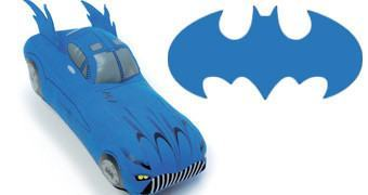 Batmóvel de Pelúcia: Batman Batmobile 8-Inch Plush