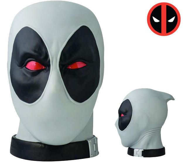 Cofres-Monogram-Deadpool-Head-Banks-03