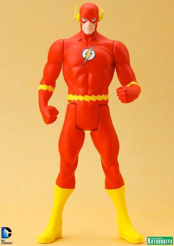 Estatua-Flash-DC-Classic-Costume-ArtFX-01