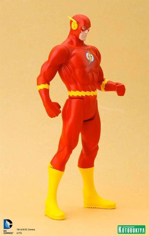 Estatua-Flash-DC-Classic-Costume-ArtFX-03