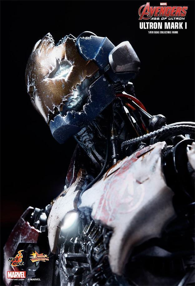 Ultron-Mark-I-Action-Figure-Hot-Toys-Avengers-07