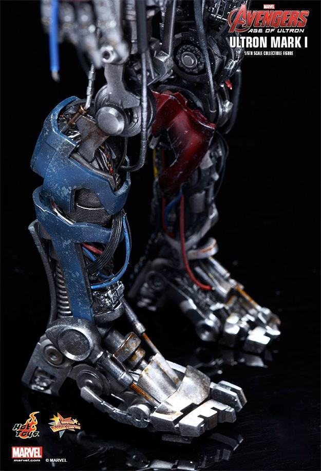 Ultron-Mark-I-Action-Figure-Hot-Toys-Avengers-11
