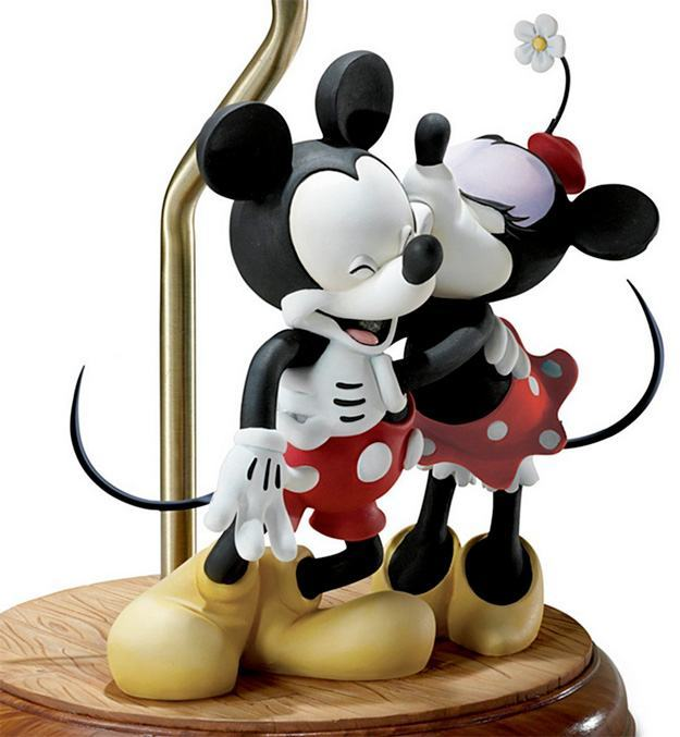 Abajur-Mickey-e-Minnie-Sweethearts-04