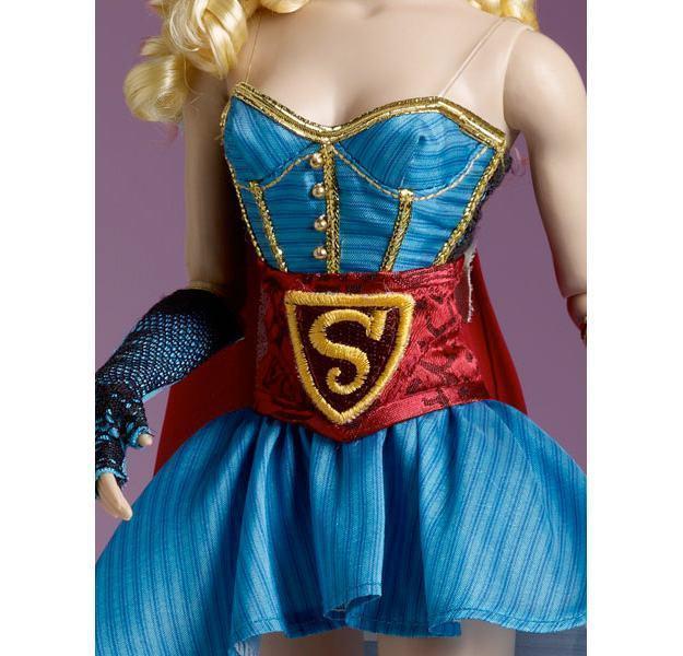 Boneca-Supergirl-DC-Bombshell-Tonner-04