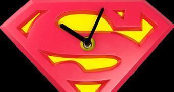 Relógios de Pêndulo e Parede do Superman