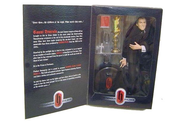 Action-Figure-Christopher-Lee-Dracula-Hammer-Films-04