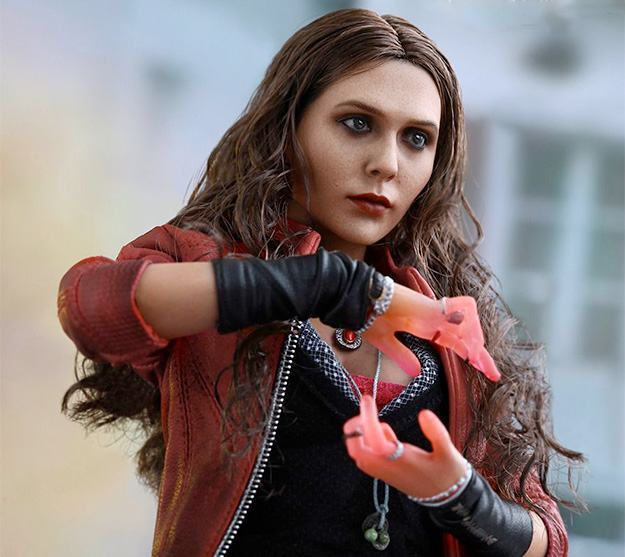 Action-Figure-Hot-Toys-Scarlet-Witch-Avengers-1a