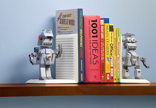 Apoios-de-Livros-Build-on-Bricks-Bookends-03