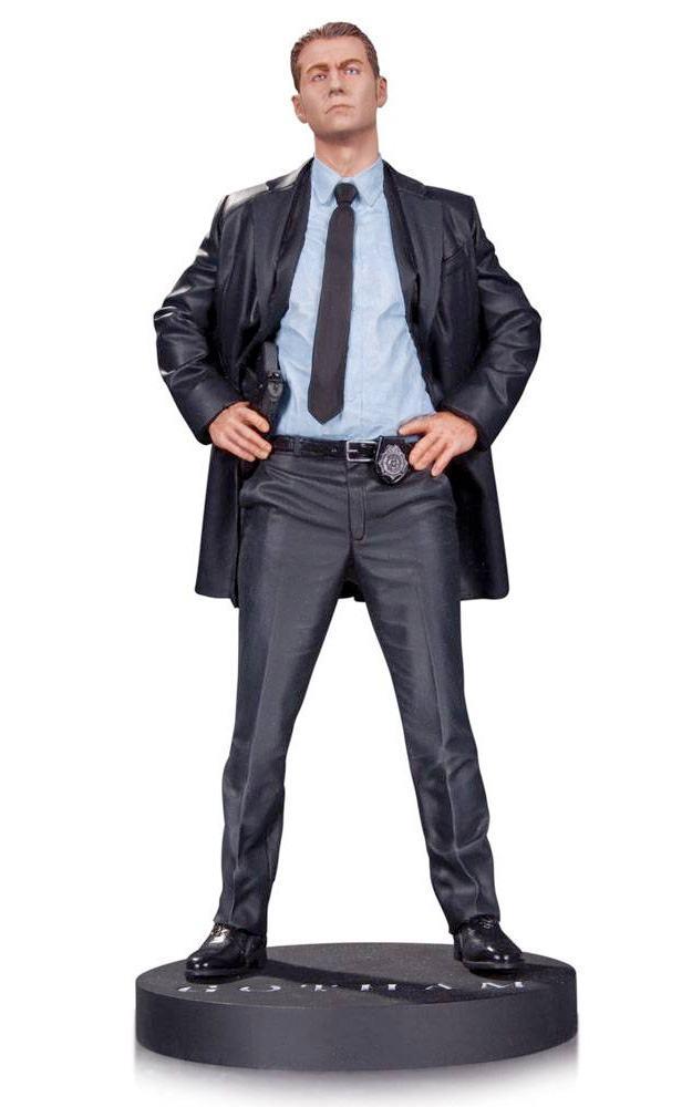 Estatua-James-Gordon-Gotham-TV-DC-Collectibles-02