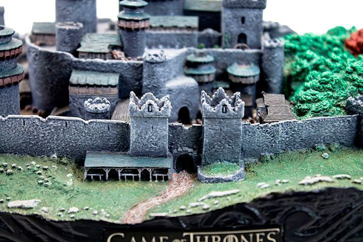 Maquete-Game-of-Thrones-Winterfell-Desktop-Statue-07