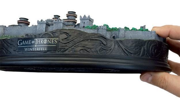 Maquete-Game-of-Thrones-Winterfell-Desktop-Statue-11
