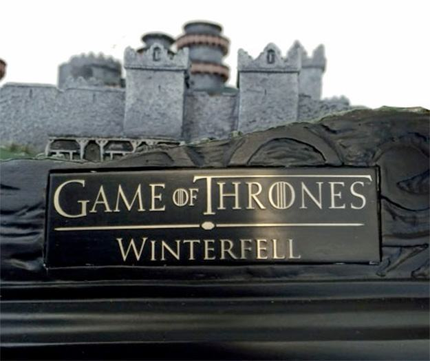 Maquete-Game-of-Thrones-Winterfell-Desktop-Statue-13