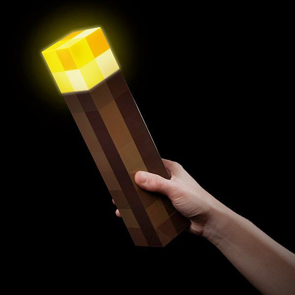 Luminaria-Minecraft-8-bit-Light-Up-Torch-03