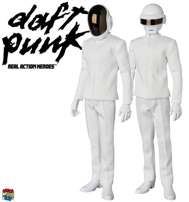 Action-Figures-Daft-Punk-RAH-White-Suits-01