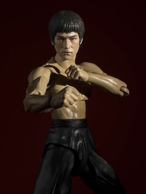 Bruce-Lee-Action-Figure-SH-Figuarts-02