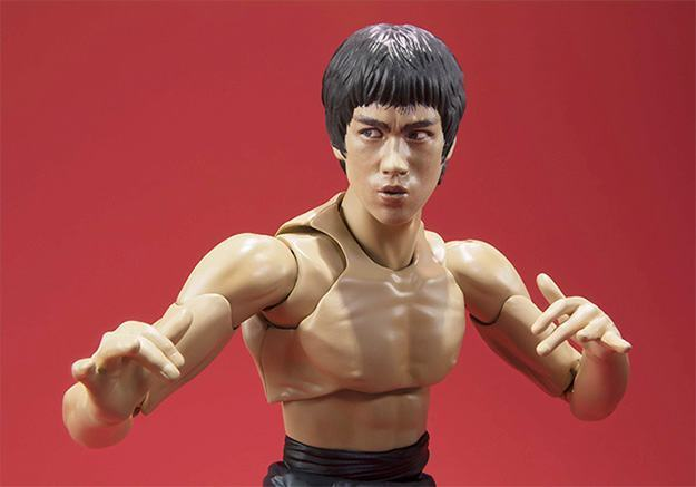Bruce-Lee-Action-Figure-SH-Figuarts-06