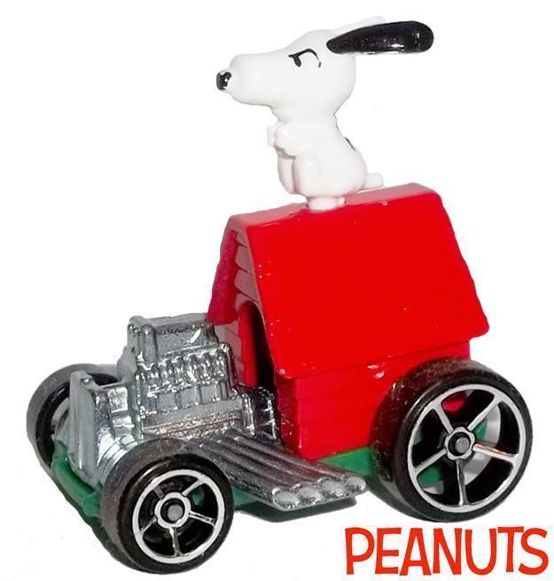 Carrinho-Hot-Wheels-2015-Peanuts-Snoopy-02
