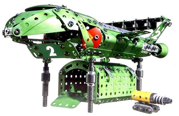 Kit-Meccano-Thunderbirds-are-Go-03