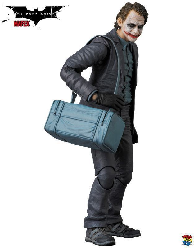 Action-Figure-Joker-Bank-Robber-MAFEX-03