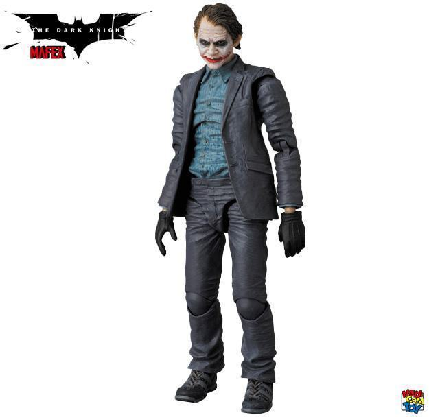 Action-Figure-Joker-Bank-Robber-MAFEX-04