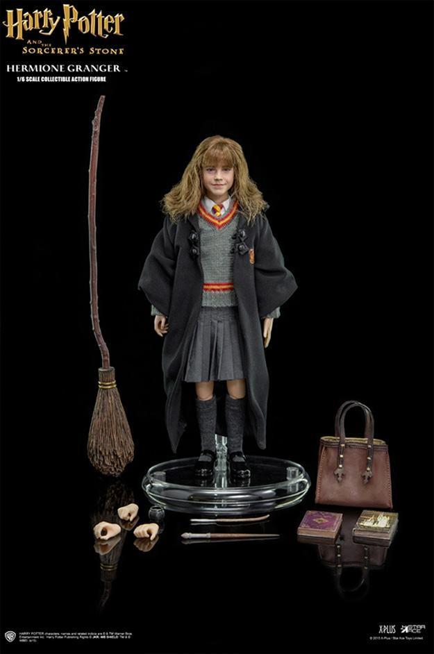 Harry-Potter-Action-Figure-StarAce-Hermione-Granger-09