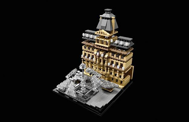 LEGO-Architecture-Museu-do-Louvre-05
