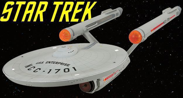 Star-Trek-49-Anos-USS-Enterprise-HD-Version-01a