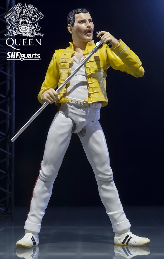 Action-Figure-SH-Figuarts-Queen-Freddie-Mercury-01