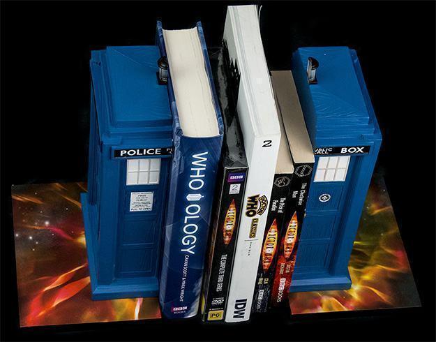 Apoio-de-Livros-TARDIS-Bookends-Doctor-Who-02