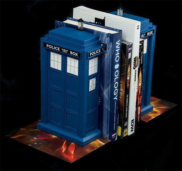 Apoio-de-Livros-TARDIS-Bookends-Doctor-Who-07