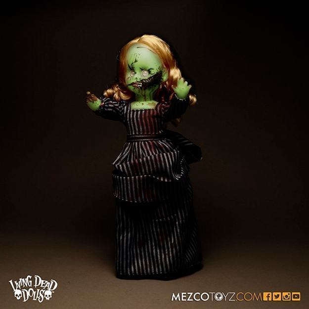 Bonecas-The-Living-Dead-Dolls-Glow-In-The-Dark-Hell-Night-Variants-Resurrection-IX-05