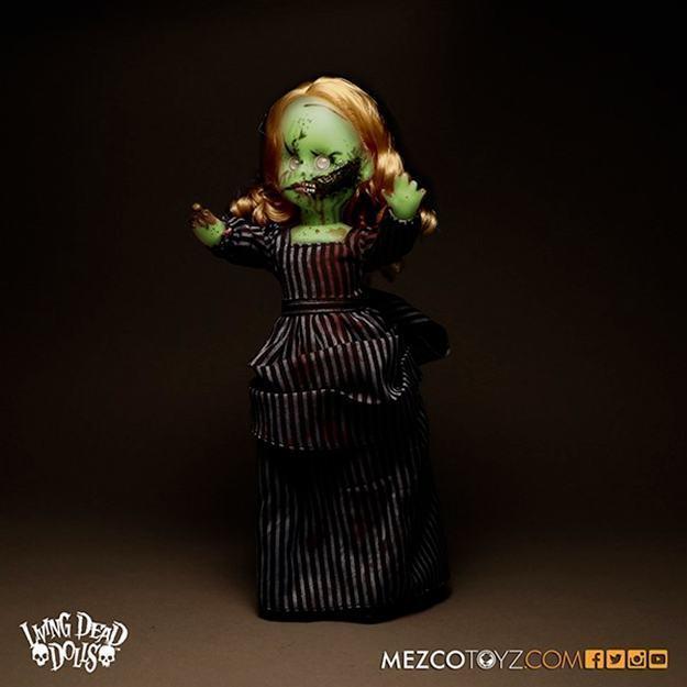 Bonecas-The-Living-Dead-Dolls-Glow-In-The-Dark-Hell-Night-Variants-Resurrection-IX-05