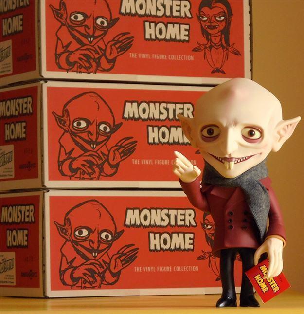 Boneco-Nosferatu-Monster-Home-Amigo-Toyz-Vinyl-Figure-02