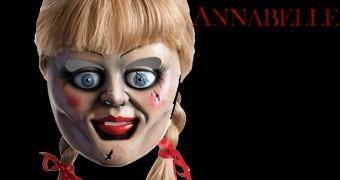 Máscara Annabelle, a Boneca Mal-Assombrada