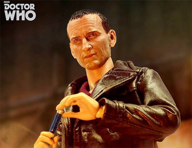Action-FIgure-9th-Doctor-Series-1-Collector-Figure-02a