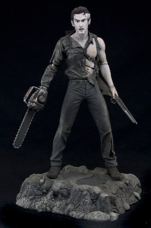 Action-Figure-Evil-Dead-2-Hero-from-the-sky-Ash-02