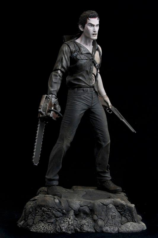Action-Figure-Evil-Dead-2-Hero-from-the-sky-Ash-04